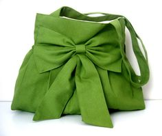 green bow WOW!