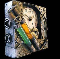 Steampunk items made of cardboard by Diarment (Rafa Maya)