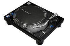 The Pioneer is a top of the line direct drive turntable perfect for use in the home or the DJ booth High End Turntables, Direct Drive Turntable, Cable Audio, Pioneer Dj, Pioneer Audio, Dj Gear, Record Players, Hifi Audio, Violin