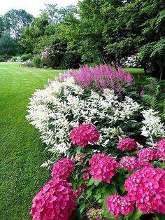 Hot Pink Hydrangeas & White Astilbe by www.prettyflowers.me