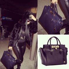 f6acfa88d3 Nicki Minaj was gorgeous at LAX airport carrying the blue Lock Signature Bag .