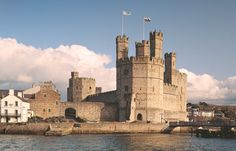 Caernarfon Castle in Wales, built by King Edward I in 1283. Mystery of History Volume 2, Lesson 72 #MOHII72