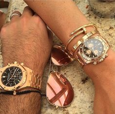 A love bracelet + a juste un clou + rolex Daytona  The stack of all stacks ❤️❤️❤️❤️
