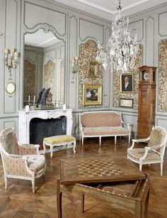 clock and game table Beautiful Architecture, Interior Architecture, Georgian Interiors, French Interiors, Le Logis, Classic Living Room, Rococo Style, Interior Decorating, Interior Design
