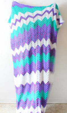 crochet chevron blanket...I want this blanket so pretty