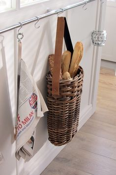 Love the basket hanging from the towel bar