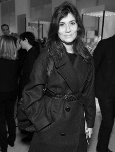 Emmanuelle Alt ... she just adores black