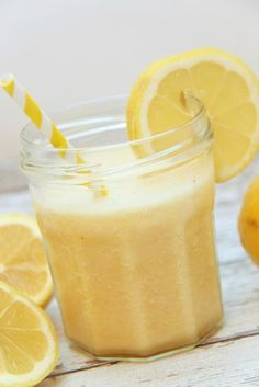 Make this easy and yummy All Natural Pineapple Cough Remedy Smoothie the next time you get a cough. Works wonders to boost the immune system too!