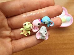 What's your favorite?☺️ Little earrings, always handmade Polymer Clay Disney, Polymer Clay Kawaii, Polymer Clay Animals, Polymer Clay Dolls, Polymer Clay Miniatures, Polymer Clay Charms, Polymer Clay Projects, Polymer Clay Creations, Clay Crafts