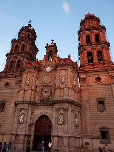 Fachada de la Catedral Metropolitana de San Luis Potosí