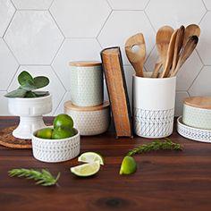 Cuisine Decoration, Planter Pots, Photoshoot, Wall Art, Natural Light, Kitchens, Decor, Photo Shoot, Dekoration