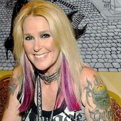 Lita Ford- Aunt Jojo- Dylan and Jamie's mom (well, Jamie's step mom) Lita Ford Songs, Rock And Roll Fantasy, Heavy Metal Girl, Rock Queen, Woman Movie, Joan Jett, Famous Models, Female Singers, Famous Women