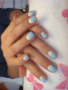 Jessica geleration ombre white - wedding gown) + green - surfer boyz n' berry) +blue - true blue) Sky Blue Nails, Blue And White Nails, Blue Ombre Nails, Gorgeous Nails, Pretty Nails, Ambre Nails, Stilettos, Faded Nails, Cute Nail Colors