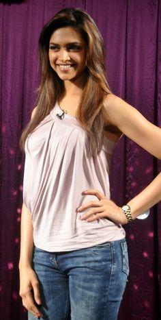 Deepika Padukone Age, Affairs, Height, Bio & Career - Famous World Stars Indian Celebrities, Bollywood Celebrities, Bollywood Fashion, Bollywood Actress, Bollywood Stars, Deepika Ranveer, Deepika Padukone Style, Indian Film Actress, Indian Actresses