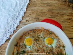tartă Dukan cu ton şi ouă de prepeliţă Dukan Diet Recipes, Light Recipes, Hummus, Oatmeal, Recipies, Breakfast, Ethnic Recipes, Dukan Diet, Diets