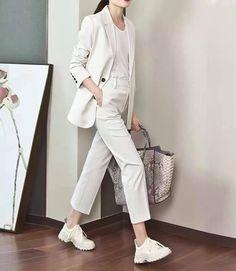 Khaki Pants, Blazer, Fashion, Moda, Khakis, Fashion Styles, Blazers, Fashion Illustrations, Trousers