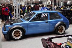Toyota KP61 Starlet, this would be the perfect little car to zip around Austin Texas. (When the traffic isn't shit)