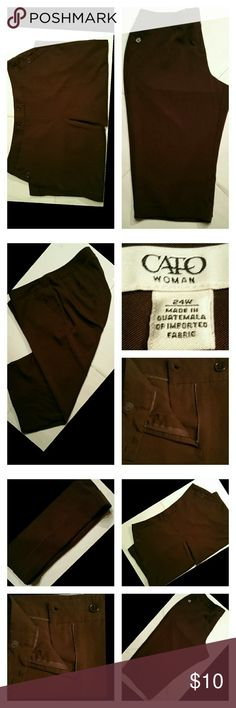 Brown Crop Pants by Cato 24W NWOT New no tags  Crop pants Dark brown  Front zipper Front 2 button closure Front pockets with buttons Waist 46 inches Inseam measures 22 inches Size 24W 96% polyester 4% spandex Made in Guatemala  Machine washable Cato Pants Ankle & Cropped