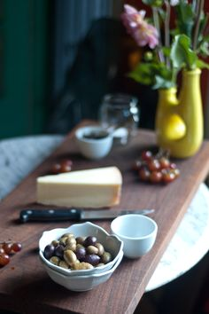 Parrano Cheese Plate with Balsamic Onion Marmalade, Red Grapes and Green Olives | Over the Hill and on a Roll