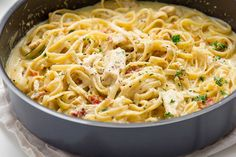 Have you yet discovered One Pot Pastas? A brilliantly simple idea, simply toss everything into a pot and boil. 15 minutes later, you'll have al dente pasta ready to eat, with a delicious make…