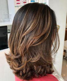 Medium Length Hair Cuts With Layers, Medium Hair Cuts, Thick Hair Styles Medium, Curly Medium Length Hair, Medium Lengths, Thick Hair With Layers, Cuts For Thick Hair, Medium Hairs, Choppy Layers