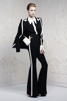 Alexander McQueen Resort 2013    Love! now... if I was only tall enough.