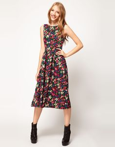 midi skater floral print dress | $33.06 | size 2 | sexy back.