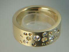 #gold750 #diamond #fancycolor diamond #handmade #design #tamara juwelier #tamara jewelry
