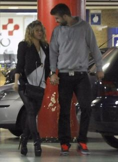 Shakira: Pregnant and perched for her boyfriend Gerard Pique