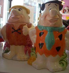 Flintstones cookie jars at Jazz'e Junque Teapot Cookies, Biscuit Cookies, Kinds Of Cookies, Cute Cookies, Biscuits, Antique Cookie Jars, Vintage Cookies, Ceramic Decor, Candy Jars