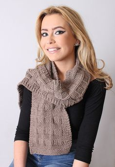 SCARF Cashmere Italian Women Knit Beige 62 by Reginastimelessknits
