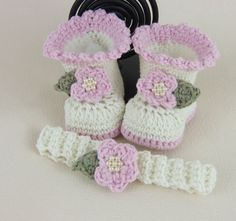Hand Crochet Baby Booties & Headband - Cream and Pink Pearl Bootee Set  £14.00