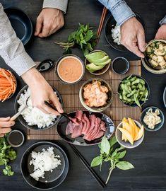 Probiere Poké Party jetzt bei FOOBY. Oder entdecke weitere feine Rezepte aus unserer Kategorie Avocado-Rezepte. Edamame, Chili Sauce, Asian Recipes, Ethnic Recipes, Tapas, Sweet Home, Party, Food, Group