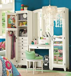 classic white beauty station for girls room vintage furniture girls dressing room ideas dressing room decor Dream Rooms, Dream Bedroom, Girls Bedroom, Bedroom Decor, Bedroom Ideas, Bedroom Stuff, Bedroom Modern, Awesome Bedrooms, Cool Rooms