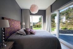 #urbanhus#soverom - skikkelig hotellfølelse :-) Bed, House, Furniture, Home Decor, Lattices, Decoration Home, Stream Bed, Home, Room Decor