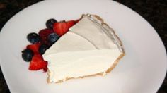 Frozen Lemonade Pie Recipe - Genius Kitchen Quick, easy, and inexpensive dessert. The trick to getting the thickness you need is to have all your ingredients very cold and the lemonade comes directly from the freezer. Frozen Desserts, Just Desserts, Delicious Desserts, Yummy Food, Frozen Treats, Pie Recipes, Baking Recipes, Dessert Recipes, Yummy Recipes