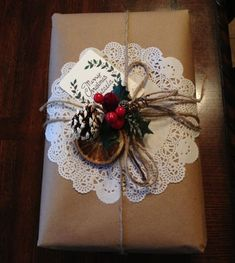 150 Creative Christmas Gift Wrapping Ideas – Prudent Penny Pincher You are in the right place about DIY Gifts for … Creative Christmas Gifts, Diy Holiday Gifts, Christmas Gift Wrapping, Xmas Gifts, Diy Gifts, Christmas Crafts, Homemade Christmas, Christmas Presents, Christmas Gift Bags