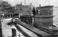 Kiel, mooring U-Boot 203