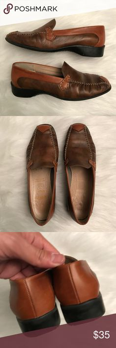 "Ara Echt Leather Mokassin Brown/Tan Loafer Pre-owned Ara Mokassin loafer. UK Women's 6.5G, US Women's Size 8.5-9. Length of sole: 10.75"". Widest part of sole: 3.75"". Handmade Leather. Brown/tan colorway. Stylecode: 4-8039-041. Please inspect all photos carefully! Thanks for viewing! Ara Shoes Flats & Loafers"