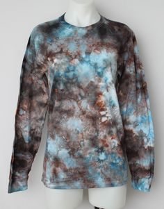 $40 - Tie dye Men's long sleeve tee shirt - size Small -Water's Reflection  Find this item on https://a-spoonful-of-colors.myshopify.com/