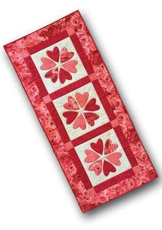 Valentine Table Runner Pattern by Nancy Rink Designs  (connecting threads .com)