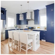 On the blog! Last nights JAW dropping @loveitorlistitvancouver reveal. This cobalt kitchen is to die for! Read the blog to find out if they loved it.. or listed it! What would you do? @almasbroscontracting @kennygemmill  @pineconecamp @w_network