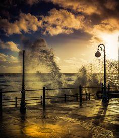A light Splash... by Ian Johnston on 500px