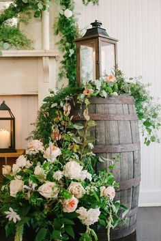romantic & chic wedding celebration at Colonial Park United Methodist Church and the Balinese Ballroom in Memphis {photo by Lindsey Lissau Photography}