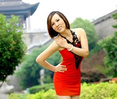 asian-woman-is-personal-hot-girls-naked-in-dresses