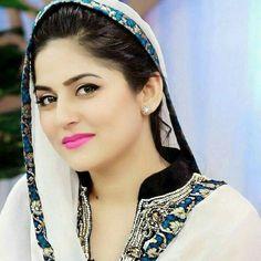 List Of Top 3 Sanam Baloch Morning Shows Sanam Baloch Dresses, Beautiful Indian Actress, Beautiful Women, Beautiful Hijab, Le Sri Lanka, Asian Celebrities, Celebs, Packers And Movers, Pakistani Actress