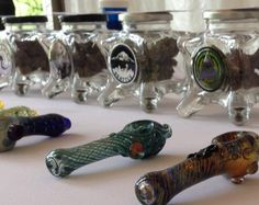 Oregon wedding has marijuana bar with 'budtender' - Story | KTTV