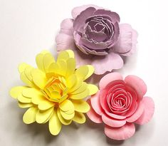 free svg for these rolled flowers see my girly board for more 3D and rolled flowers 3D DIY