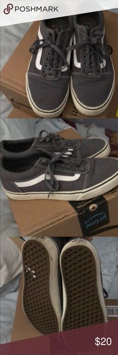 Old school Van's Worn just a couple of times, just don't wear as much as I thought u would. No real signs of wear, just in the bottom. ❤️ Men's size 8/ladies 10. Vans Shoes