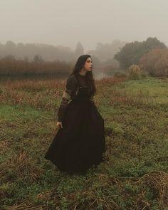 #darkacademia #cottagecore #witchcore #meadow #janeeyre Jane Eyre, My Photos, Witch, Cottage, Style, Fashion, Swag, Moda, Fashion Styles